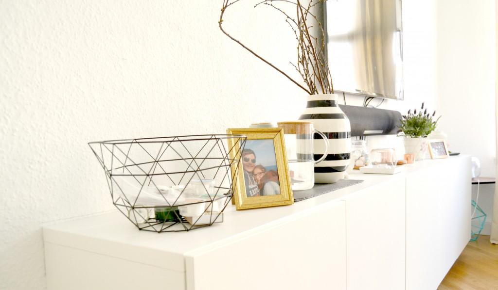 unser wohnzimmer 2 0 ikea besta lackomio. Black Bedroom Furniture Sets. Home Design Ideas